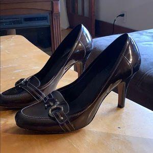 Joan & David brown shoe heels size 9.5M